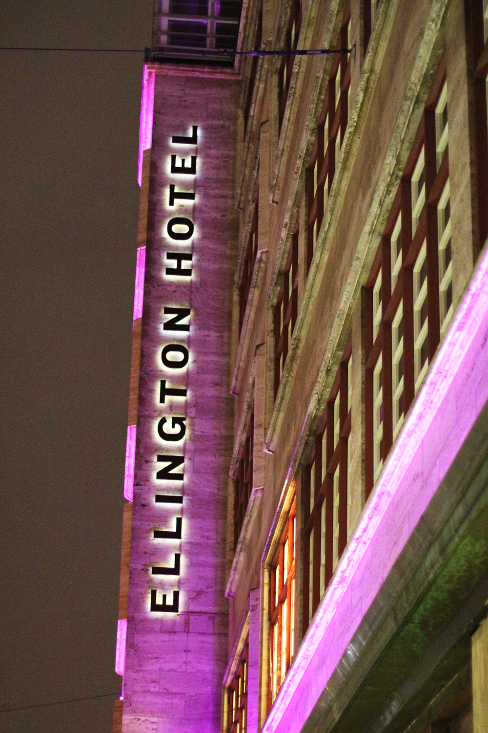 Ellington Hotel at night, Berlin - travel & lifestyle blog