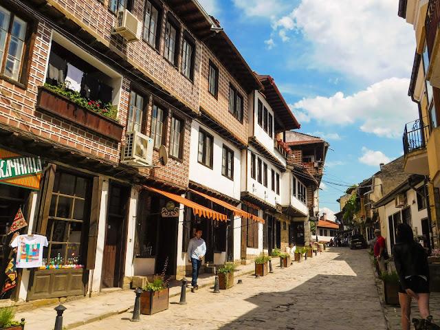 Veliko Tarnovo old capital town Bulgaria. Source: jurnaland.com