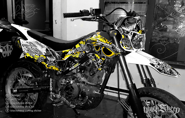 Kawasaki Dtracker 150 new zombie cutting sticker (dark yellow)