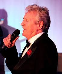 Joe Longthorne dies at aged 64