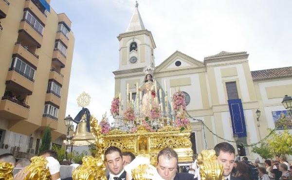 La Virgen del Rosario de El Palo saldrá a la fachada de su iglesia en sustitución de su procesión de octubre