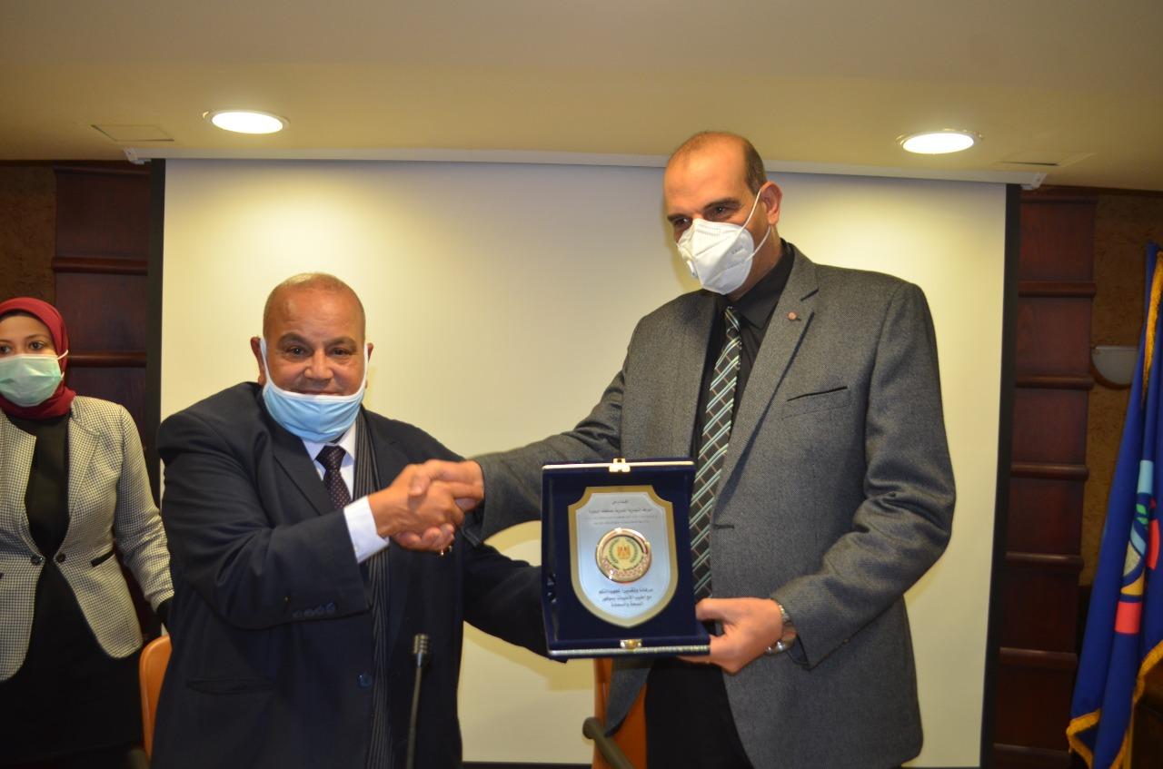 الغرفة التجارية لمحافظة البحيرة  توقع بروتوكول تعاون مع الغرفة التجارية لمحافظة كفر الشيخ