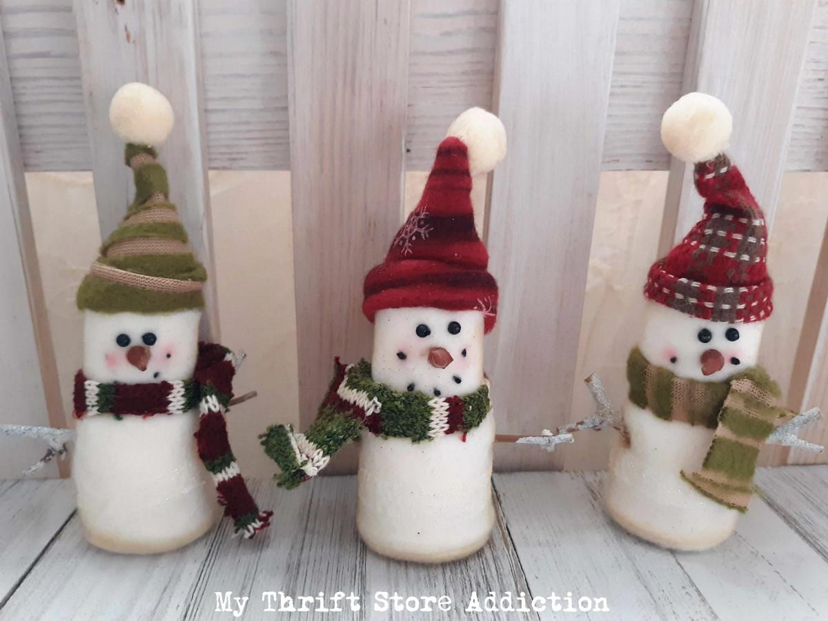 thrift store Christmas decor