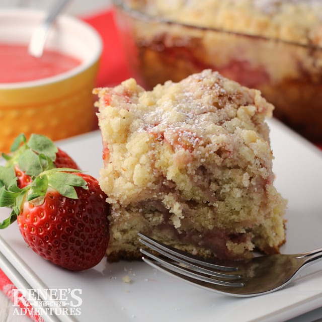 Strawberry Swirl Coffee Cake