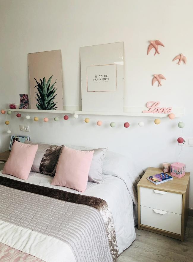 Cabecero low cost habitación femenina estilo nórdico