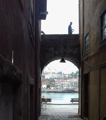 arco na ribeira do Porto