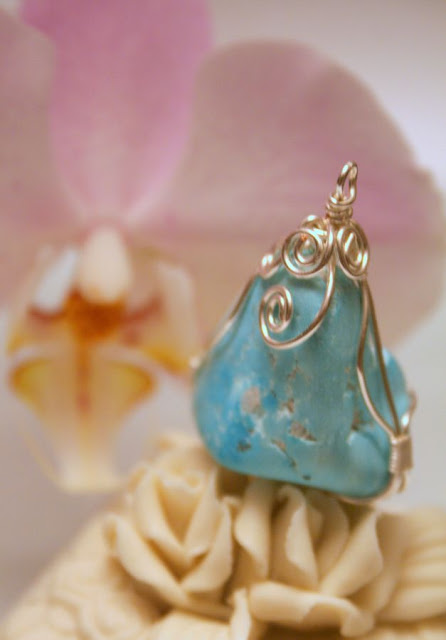 Wire wrapped pendant: Turquoise, silver :: All Pretty Things
