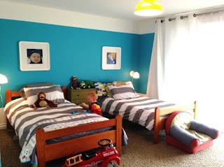 Kamar Tidur Anak Laki-Laki Sederhana
