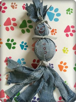 Basteltipp- Hundespielzeug - Jeansmännchen