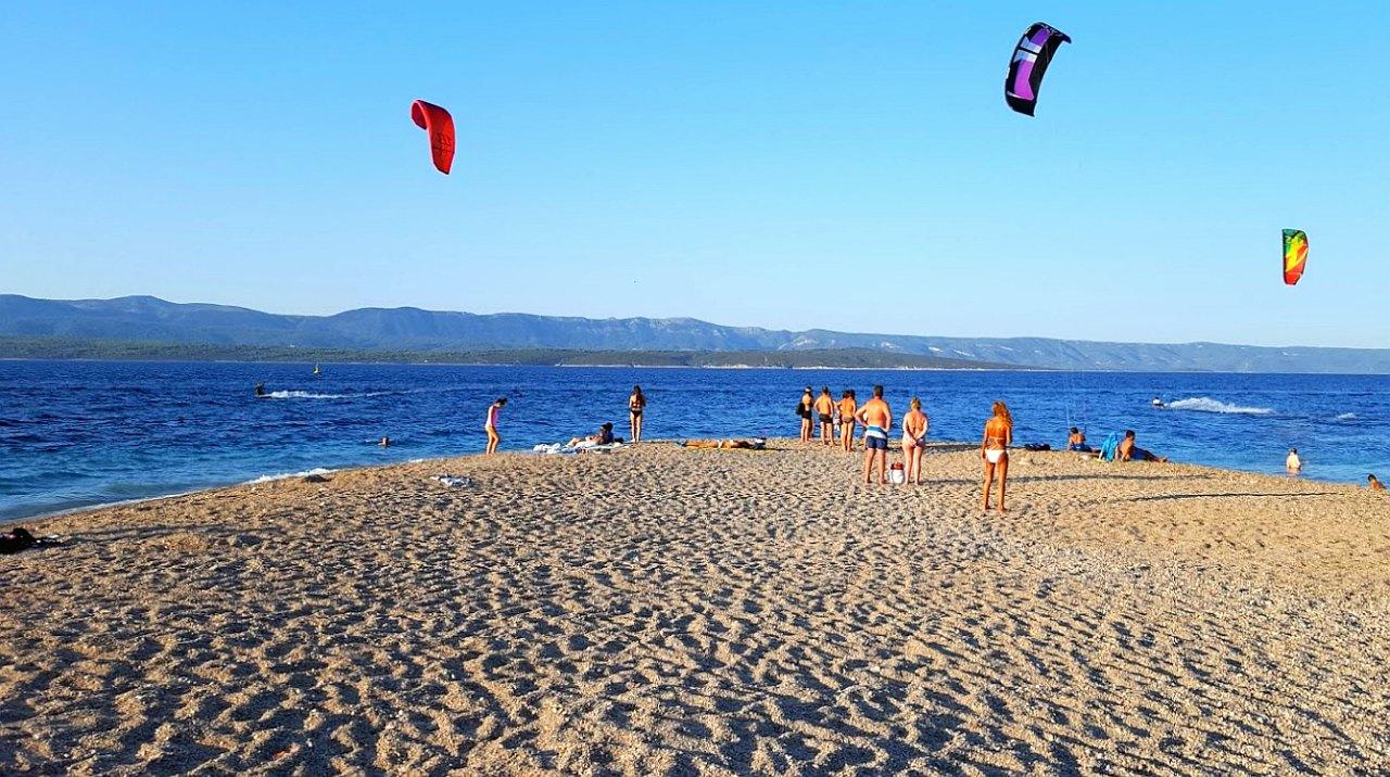 junge familie fkk strand muschi