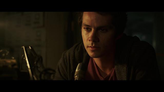 De Amor y Monstruos 1080p latino