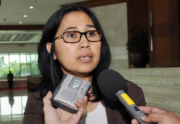 Eva Kusuma Sundari: AHOK Lupa, Siapa Yang Telah Membesarkan Namanya..!!!