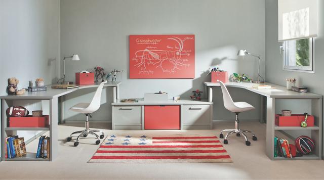 habitación adolescente con toques rojos