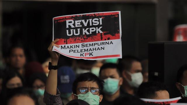 Ternyata yang Mengusulkan Revisi UU KPK dari Anggota DPR asal Partai Pendukung Jokowi saat Pilpres 2019