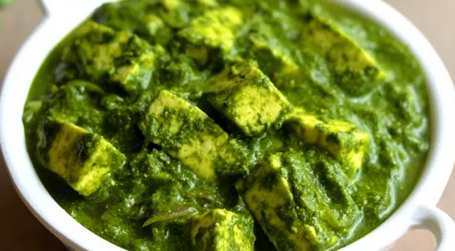 Home Kitchen: Tasty Delicious Palak paneer, Cooking with Gautham Krishnan