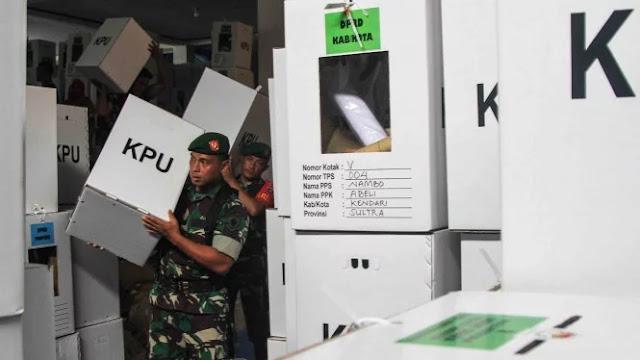 Usai Jaga Kotak Suara, Anggota TNI Pingsan dan Mulut Berbusa