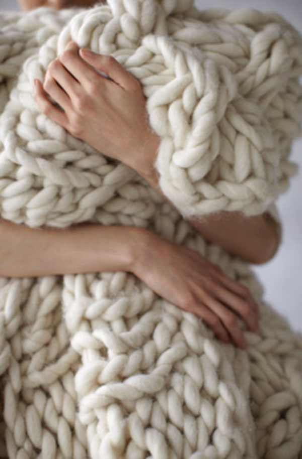 Grosgrain: Chunky Knit Blanket How To & Yarn Sources