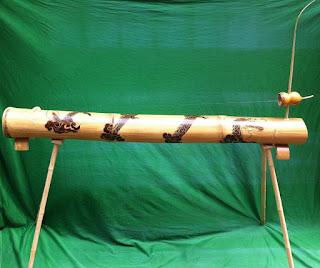 Dan Bau, a unique musical instrument of Viet Nam 4