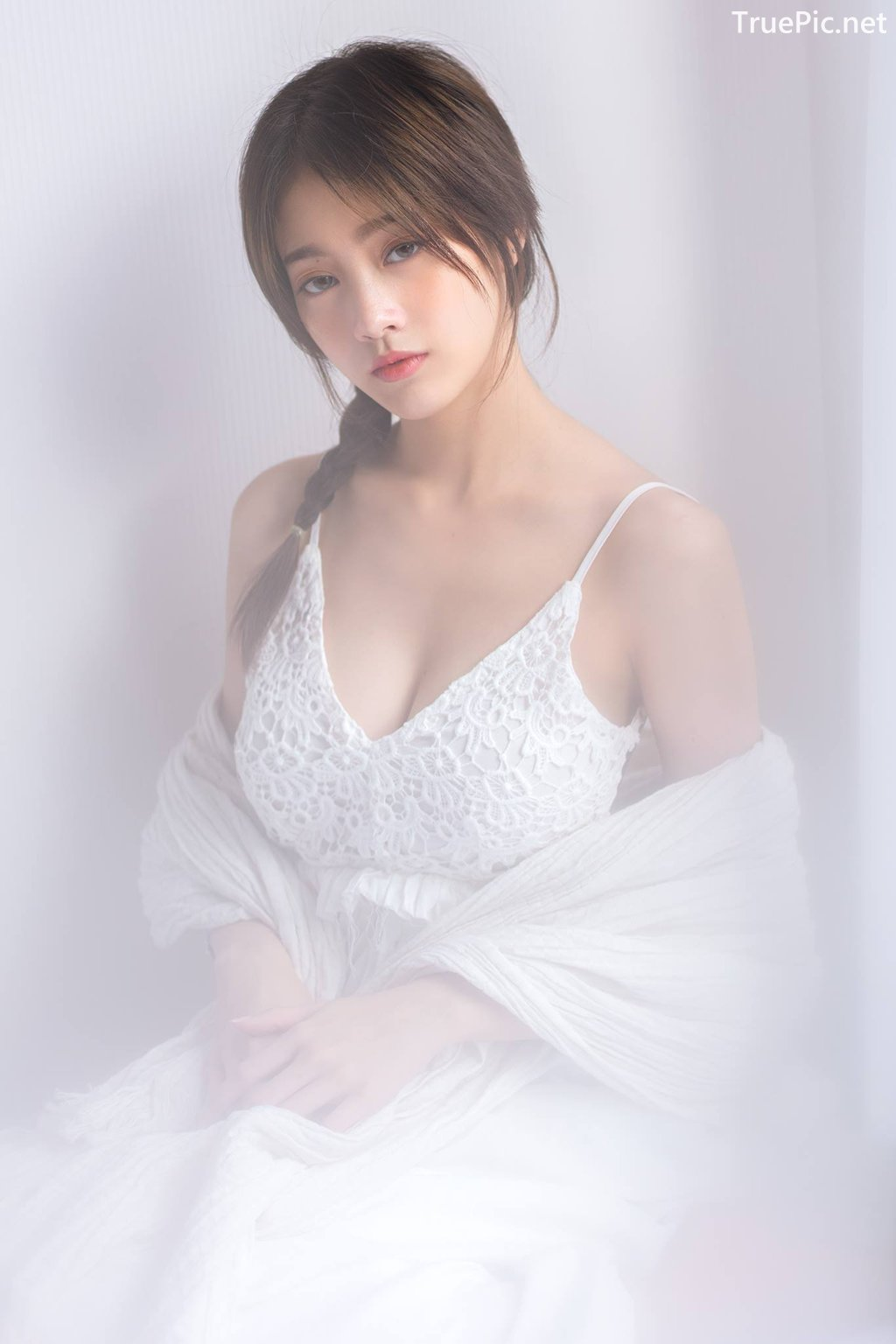 Image Thailand Model - Pimploy Chitranapawong - Beautiful In White - TruePic.net - Picture-7