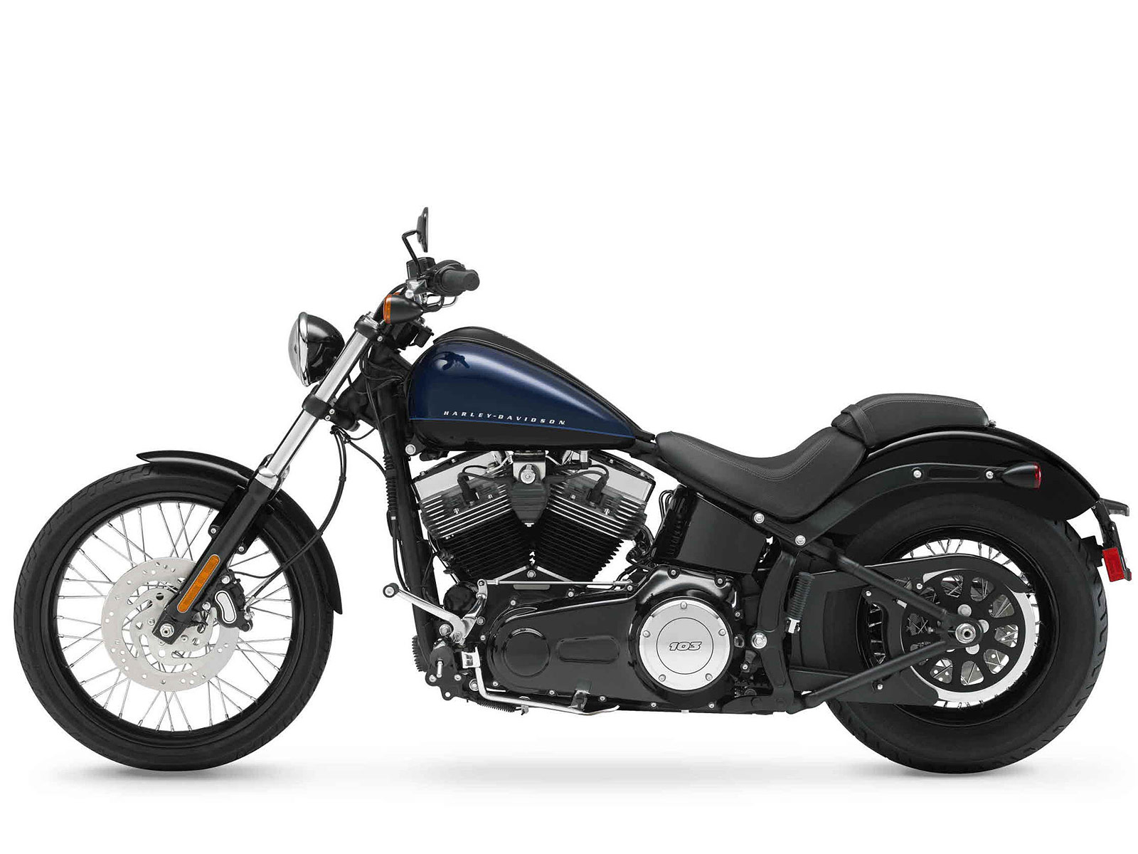Harley Davidson 2012: 2012 Harley-Davidson FXS Softail Blackline Pictures
