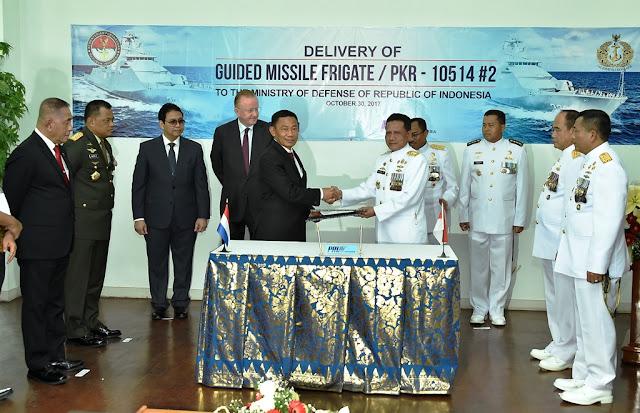 Panglima TNI Saksikan Serah Terima Kapal PKR-2 di Surabaya