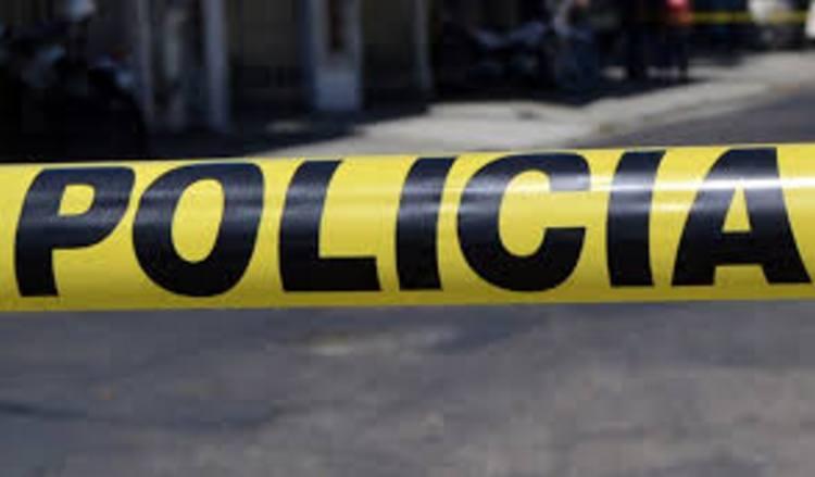 Asesinan a dos hombres y tres mujeres en Cancún
