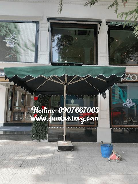 Bán dù vuông 3mx3m lệch tâm che nắng che mưa cho quán cà phê, quán xá