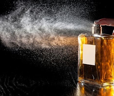 How Many Sprays of Cologne or Perfume