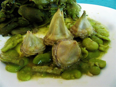 How to cook artichokes with broad beans?