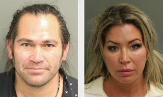 Michelle Mangan picture attached with her hubby Johnny Damon