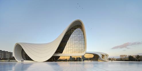 Arquitectura-Deconstructivista-Deconstructivismo-Deconstruccion-Zaha-Hadid-The-Heydar-Aliyev-Center-in-Baku-Azerbaijan