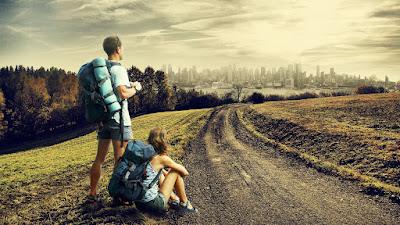 7 Keuntungan Traveling di Usia Muda