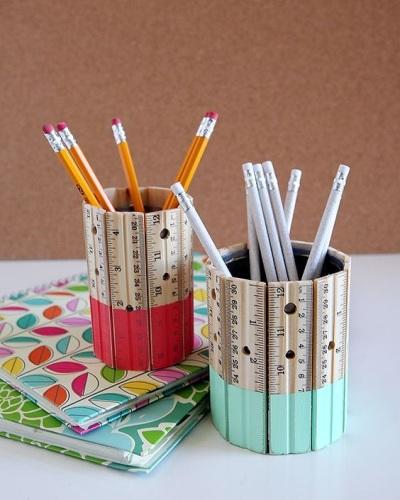 Gunakan penggaris kayu untuk membuat tempat pensil kreatif