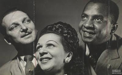Trio de Ouro, formado por Dalva de Oliveira, Herivelto Martins e Nilo Chaves, sem data. Arquivo Nacional. Fundo Correio da Manhã (s/d)