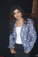 Poonam Kaur looks super cute in Denim at Nakshatram music launch 025.JPG