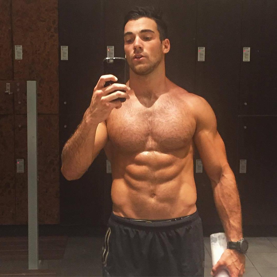 fit-hairy-shirtless-daddy-big-pecs-gym-locker-room-hunk-selfie