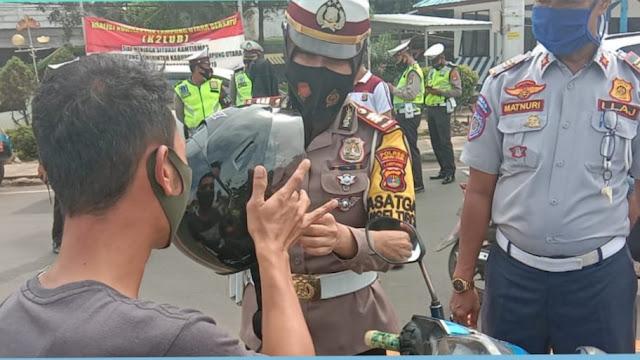 Satlantas Polres Lampung Utara Menggelar Kegiatan Oprasi Zebra 2020 Tindak Pelanggaran Lalulintas & Himbau Patuh Protokol. Kesehatan