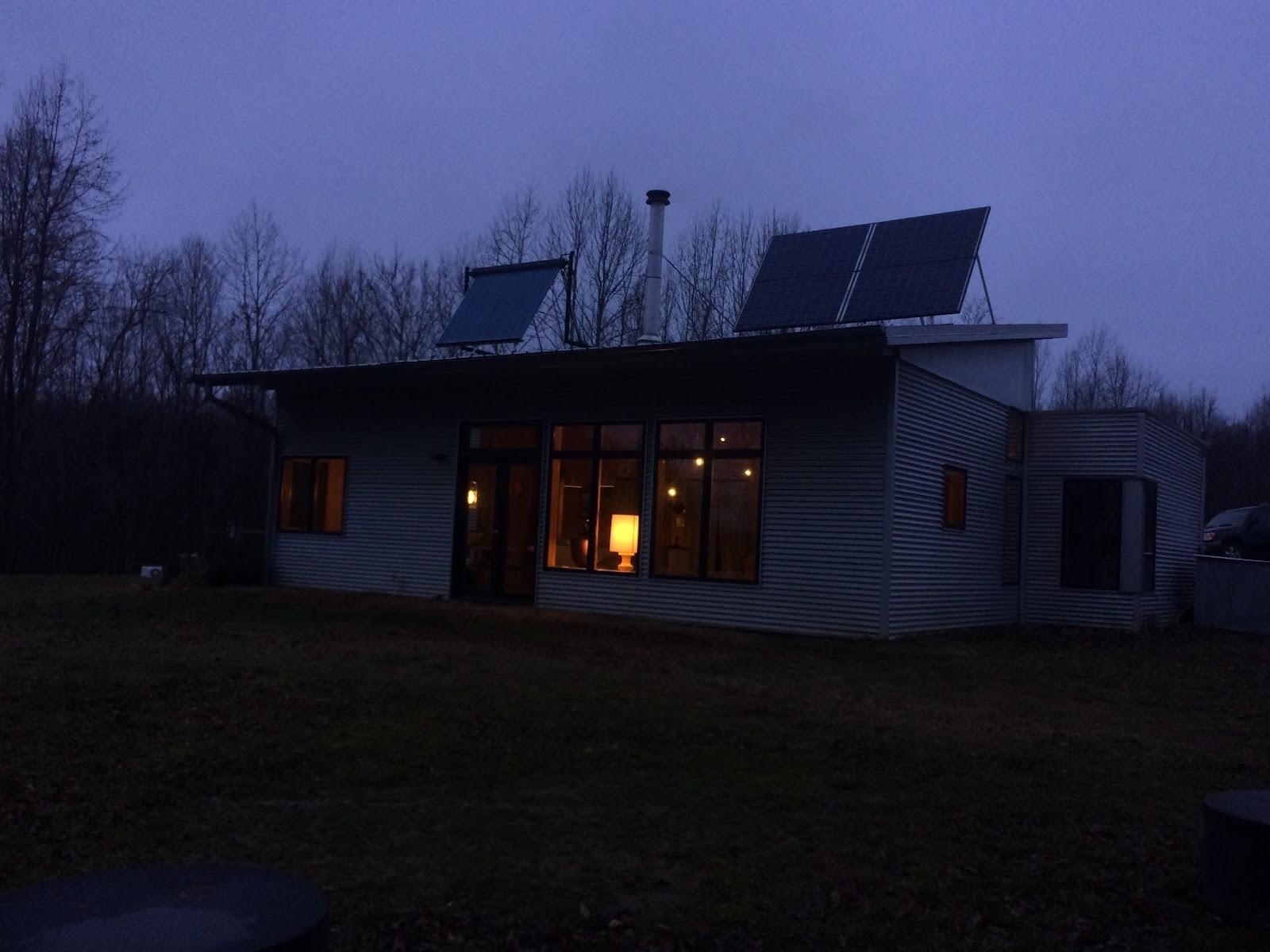 Off The Grid Modern Prefab Homes. Interesting Prebuilt ...