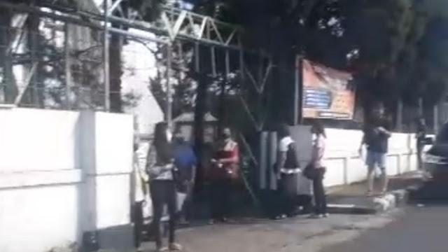 Perekam Video Viral Warga Berkerumun di Gereja Garut Ditangkap!