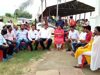 कृषि उपज मंडी में विधानसभा उपाध्यक्ष सुश्री हिना कावरे ने किया वृक्षारोपण