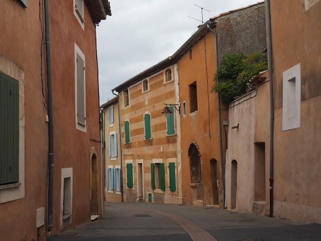 Франция – деревня Руссильон (France - Roussillon Village)