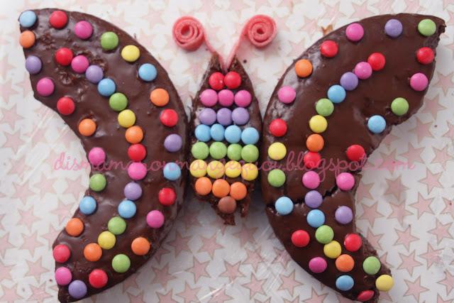 dis maman on mange quoi un anniversaire de princesse des papillons. Black Bedroom Furniture Sets. Home Design Ideas