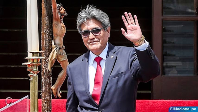 ¿Quién es Manuel Merino, ministro de Salud del régimen de Merino?