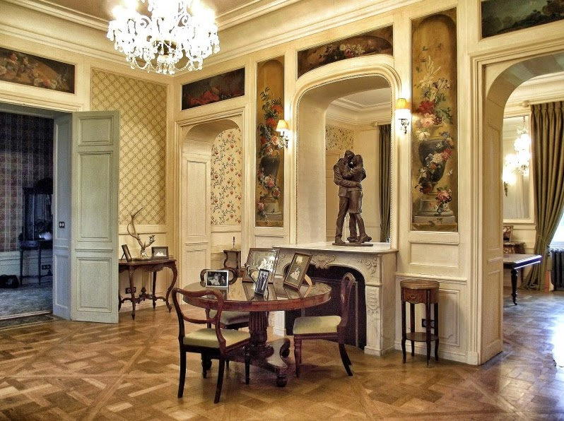 Old World Gothic And Victorian Interior Design Victorian And