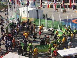 Câmera despenca de cabo no Parque Olímpico e deixa feridos
