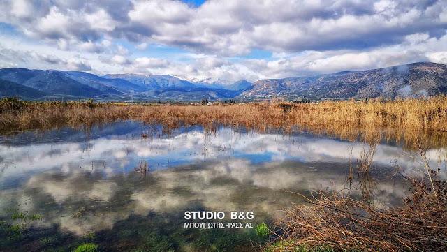 Τεράστια λίμνη το Τημένιο στην Αργολίδα από τις βροχοπτώσεις (βίντεο drone)