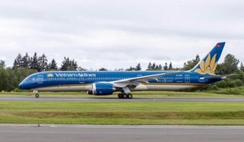 Gia Lai: Phi công bị chiếu laze khi đang hạ cánh tại Sân bay Pleiku