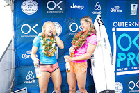 8 Tatiana Weston Webb and Courtney Conlogue Outerknown Fiji Womens Pro foto WSL Kelly Cestari