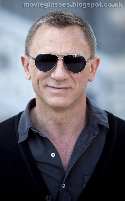 Movie Glasses: Daniel Craig wears Tom Ford Sunglasses in ...