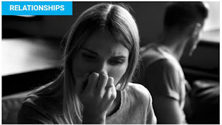 10 THINGS MEN DO WHEN THEY LOSE INTEREST IN A RELATIONSHIP